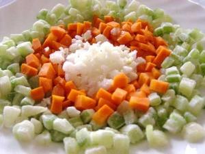 Découpe de légumes en brunoise